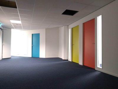 Keuken plaatsen in kantoorpand Rotterdam